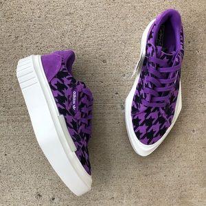 NWT Adidas originals houndstooth platform sneakers